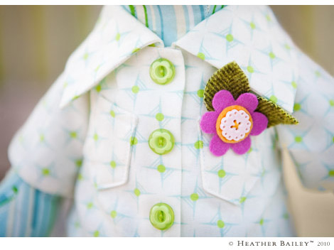 Detail image of boy pig doll shirt pattern.