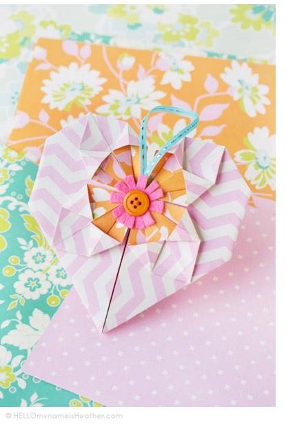 OrigamiHeartValentine_HeatherBailey_A