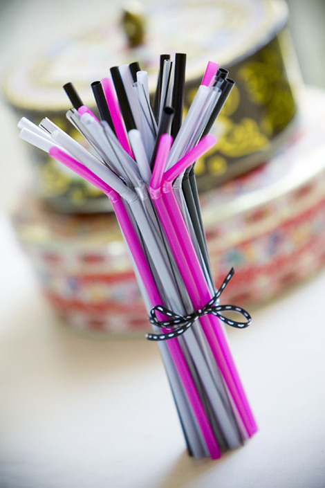 Stackofstraws_1