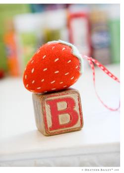 Hb_strawberry_w_3