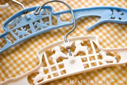 Plastichangers_1